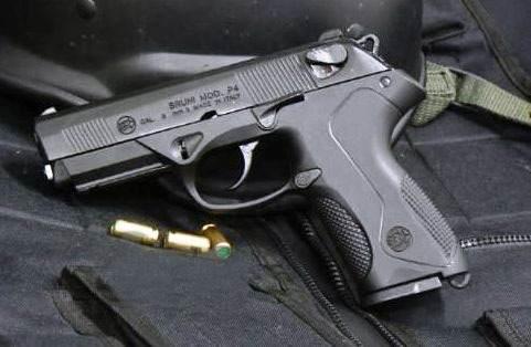 Pistola Bruni Mod. PX4, CAL. 9 MM. Fogueo