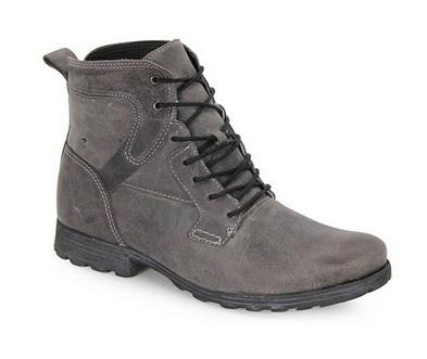 Madden Shoes, Rhode Chukka Boots