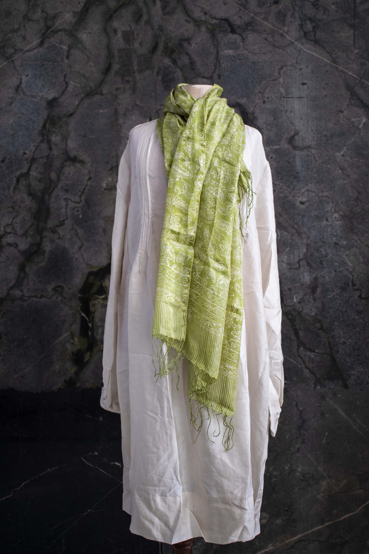 Pañuelo batik estampado en Seda natural