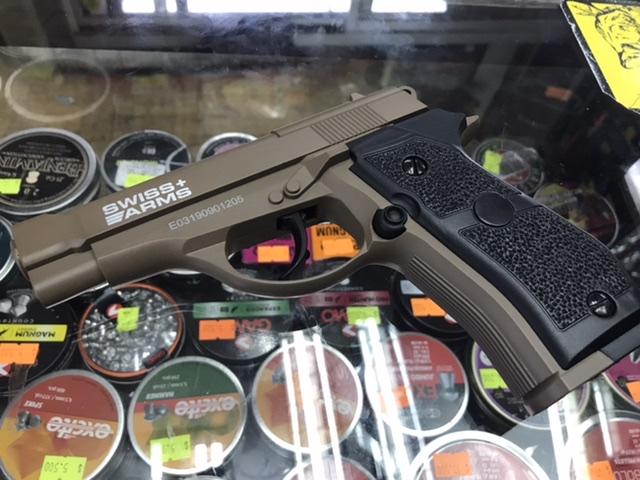 Pistola Swiss arms p84 cal 4,5 bbs co2