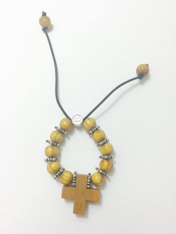 Pulseira / Dezena com cruz