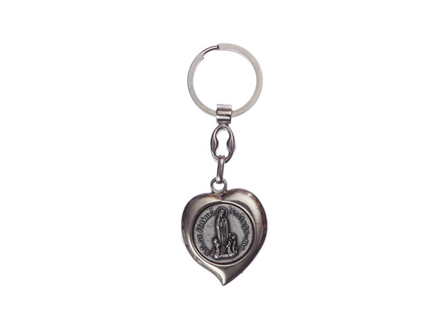 Heart-shaped keyring with the apparition