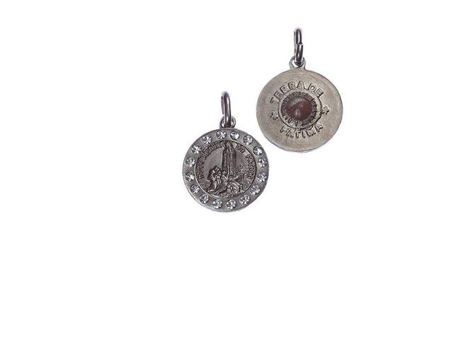 Medalha com terra e pedras
