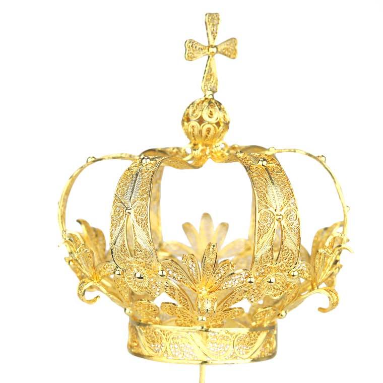 Coroa em prata dourada