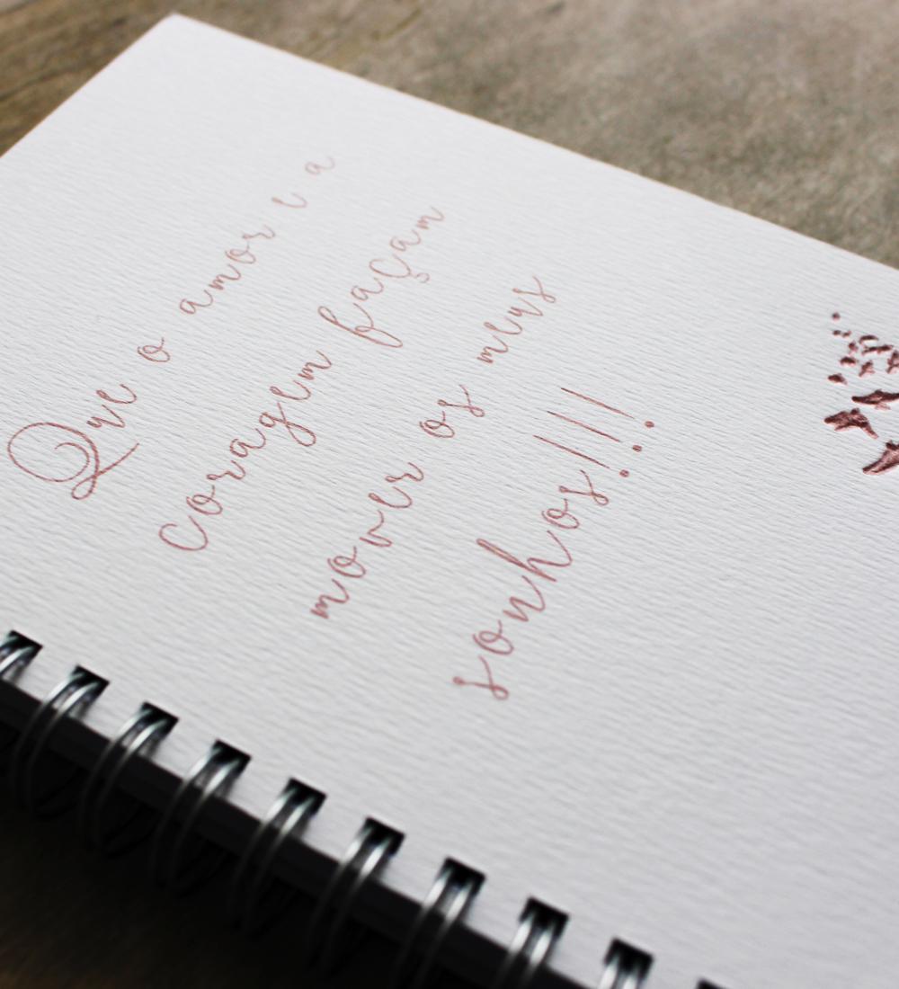 Caderno Amor e Coragem
