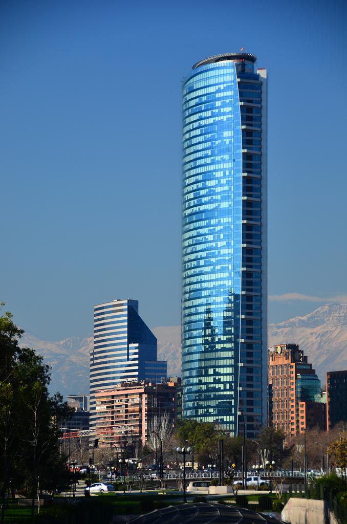 CBRE Chile, líder mundial en servicios inmobiliarios audita sus edificios junto a BAU Accesibilidad.