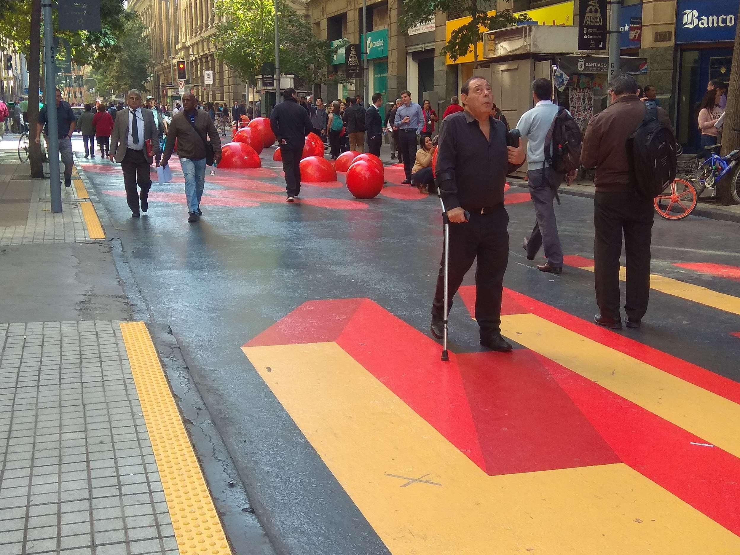 ¡Instalamos Paneles Podotáctiles en Paseo Bandera!