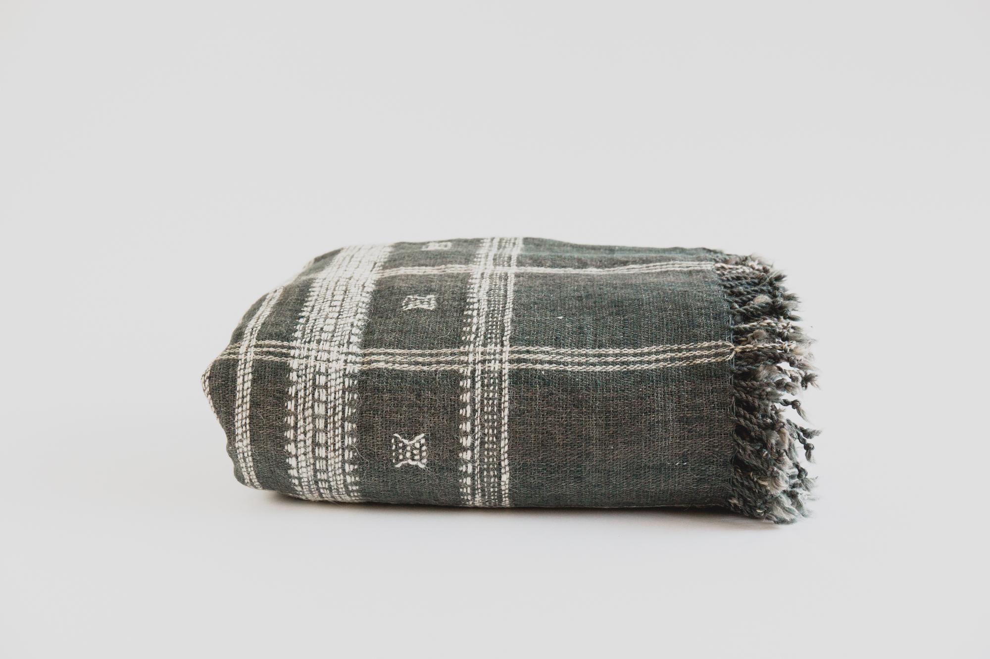 Indian Wool Blanket Olive