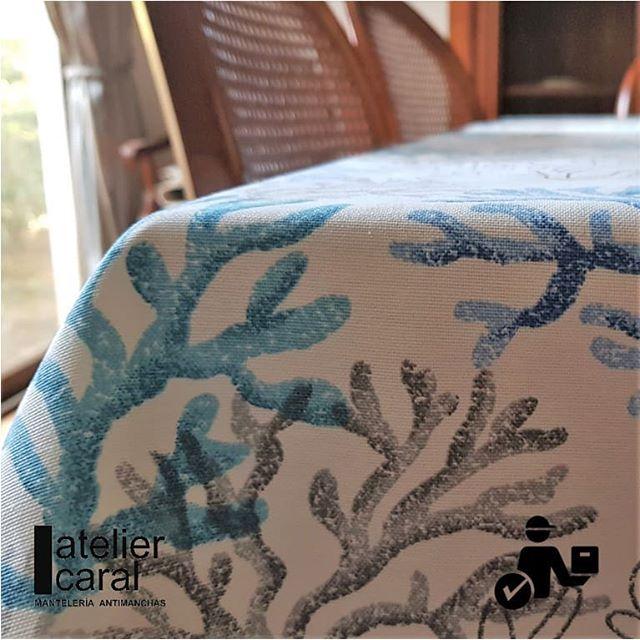 Mantel CORAL AZUL ⬛ Cuadrado 8 Sillas