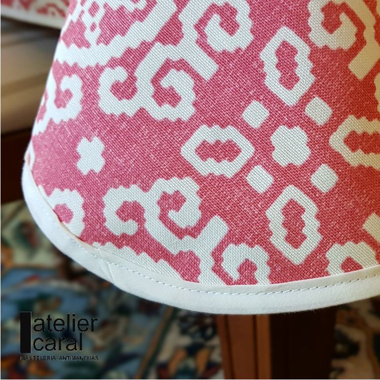 Mantel IKAT FRENCH ROSE ⚫ Redondo 6-8 Sillas