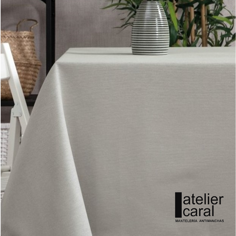 Mantel GRIS Claro Color Liso · Rectangular 4 Sillas