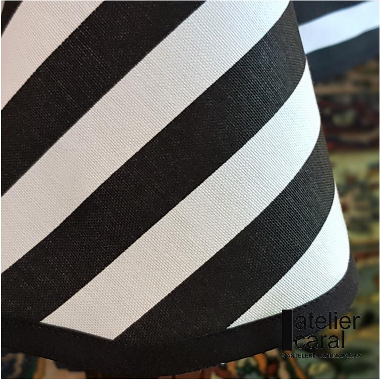 Mantel ⬛ RAYAS enNEGRO de lado 180cm [enstock] [envíorápido]