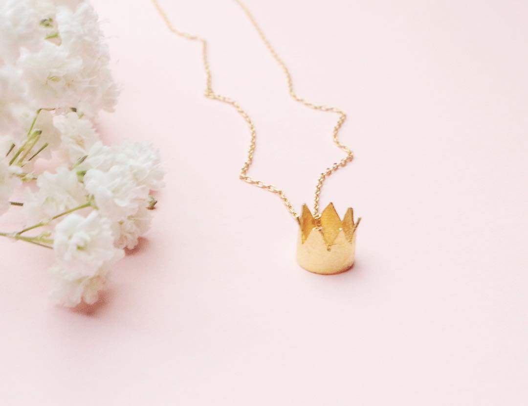 Crown necklace v2