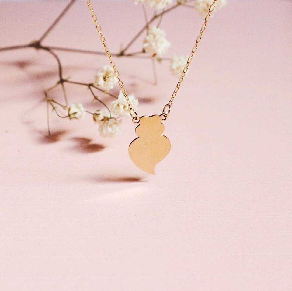 Viana heart necklace