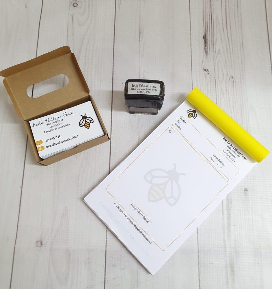 Pack Médico (200 Recetas + Timbre + 100 Tarjetas) Personalizado