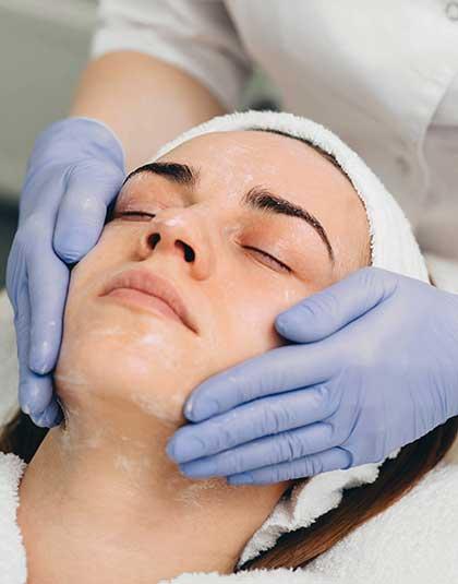 https://www.estetikamedica.cl/tratamientos-para-el-cuidado-de-la-piel
