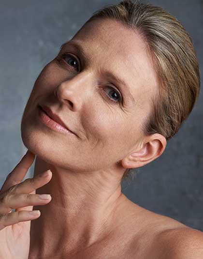 https://www.estetikamedica.cl/existe-algun-tratamiento-de-rejuvenecimiento-facial