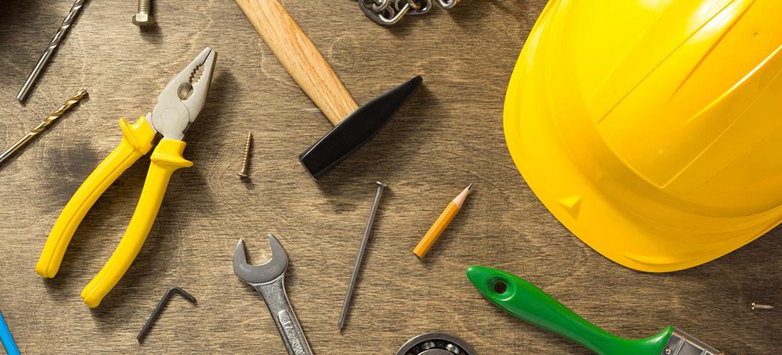 Evolución de las herramientas: Una mirada histórica desde las piezas manuales hasta las automáticas