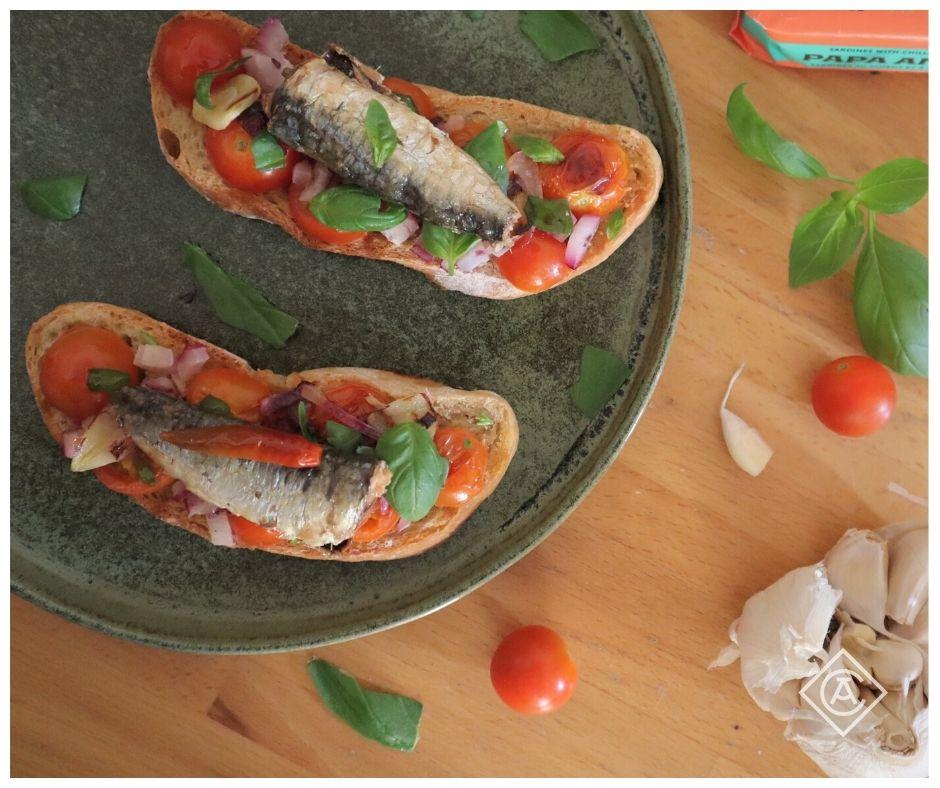 Bruschetta with spicy sardines