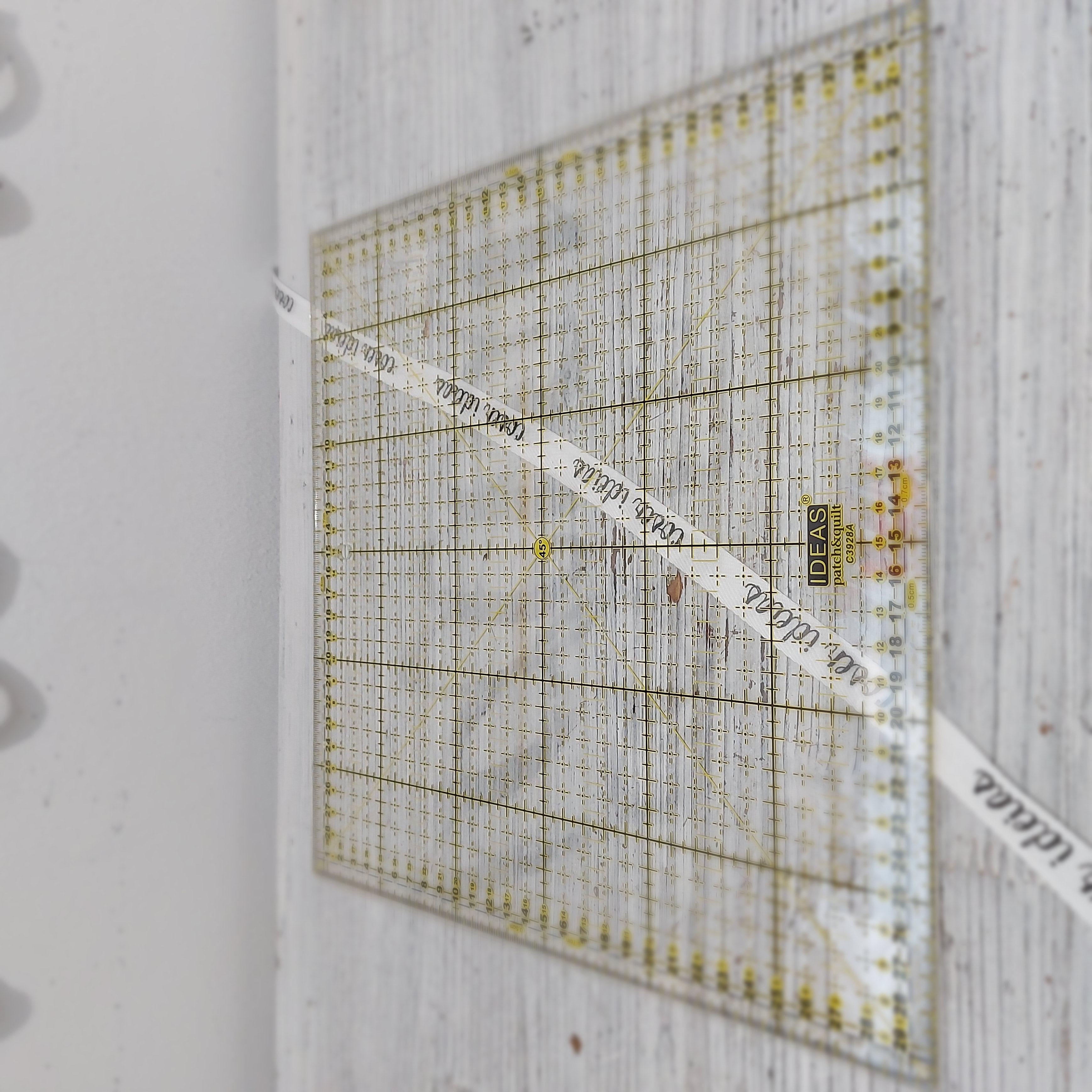 Régua Patchwork 30x30cm