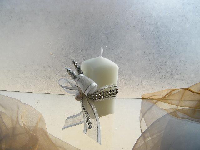 C3294 - Vela decorada nos tons de prata