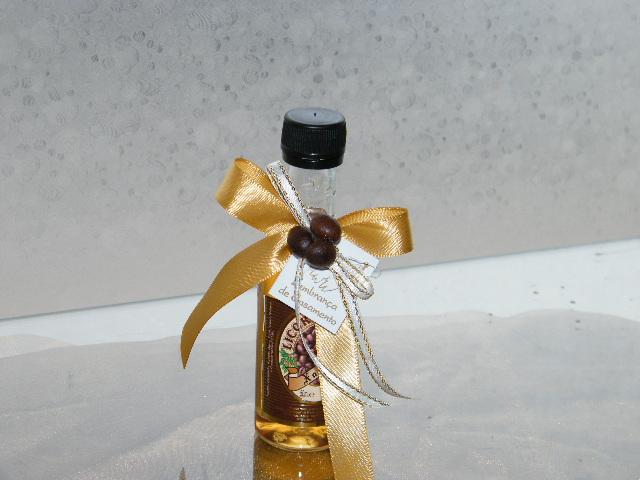C6159 - Garrafinha Licor de Café decorada com grãos de café