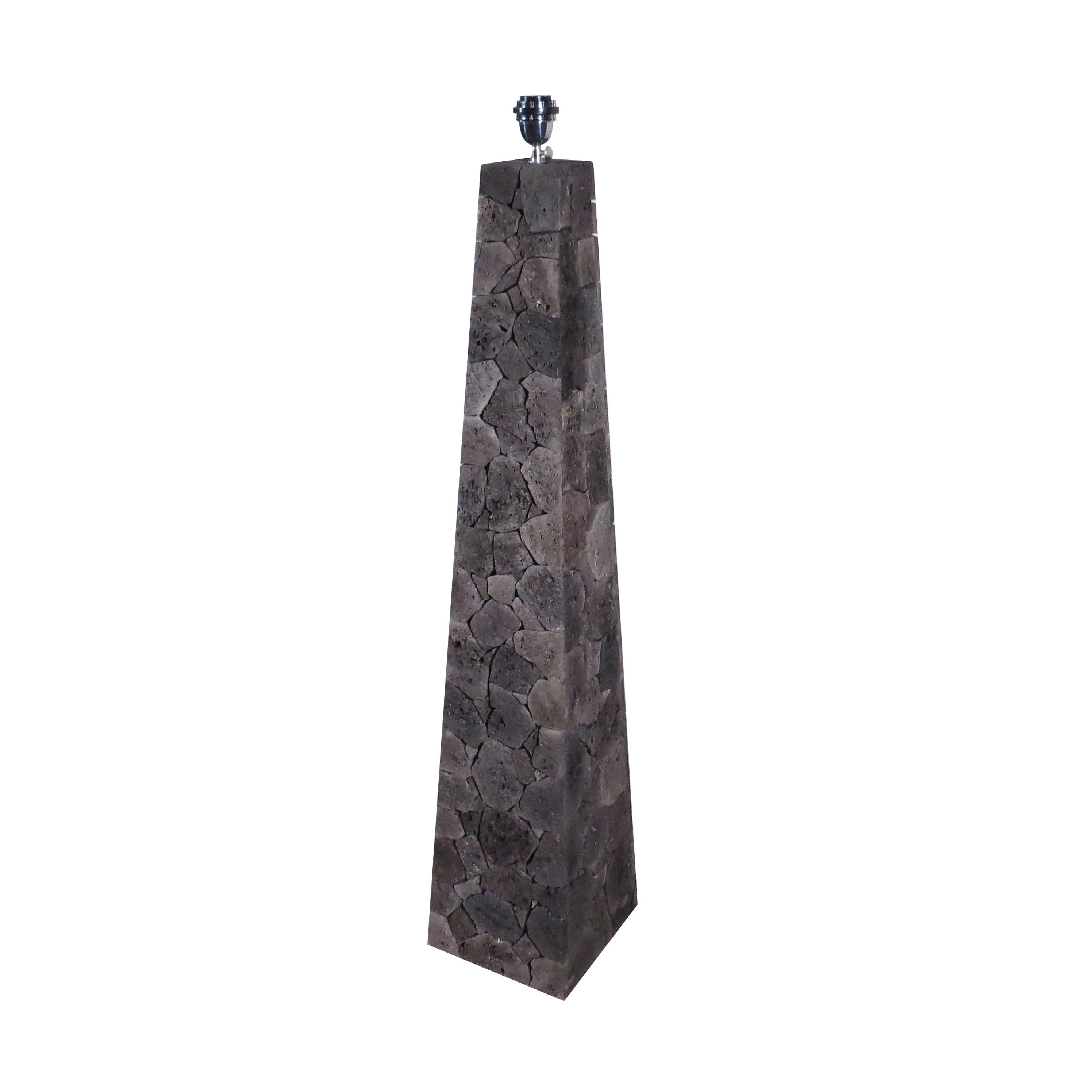 Lámpara piedra volcánica