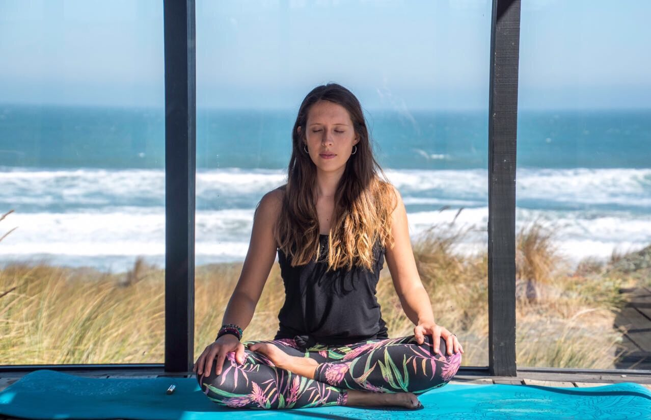 Andrea Cárdenas: Beneficios de practicar Yoga