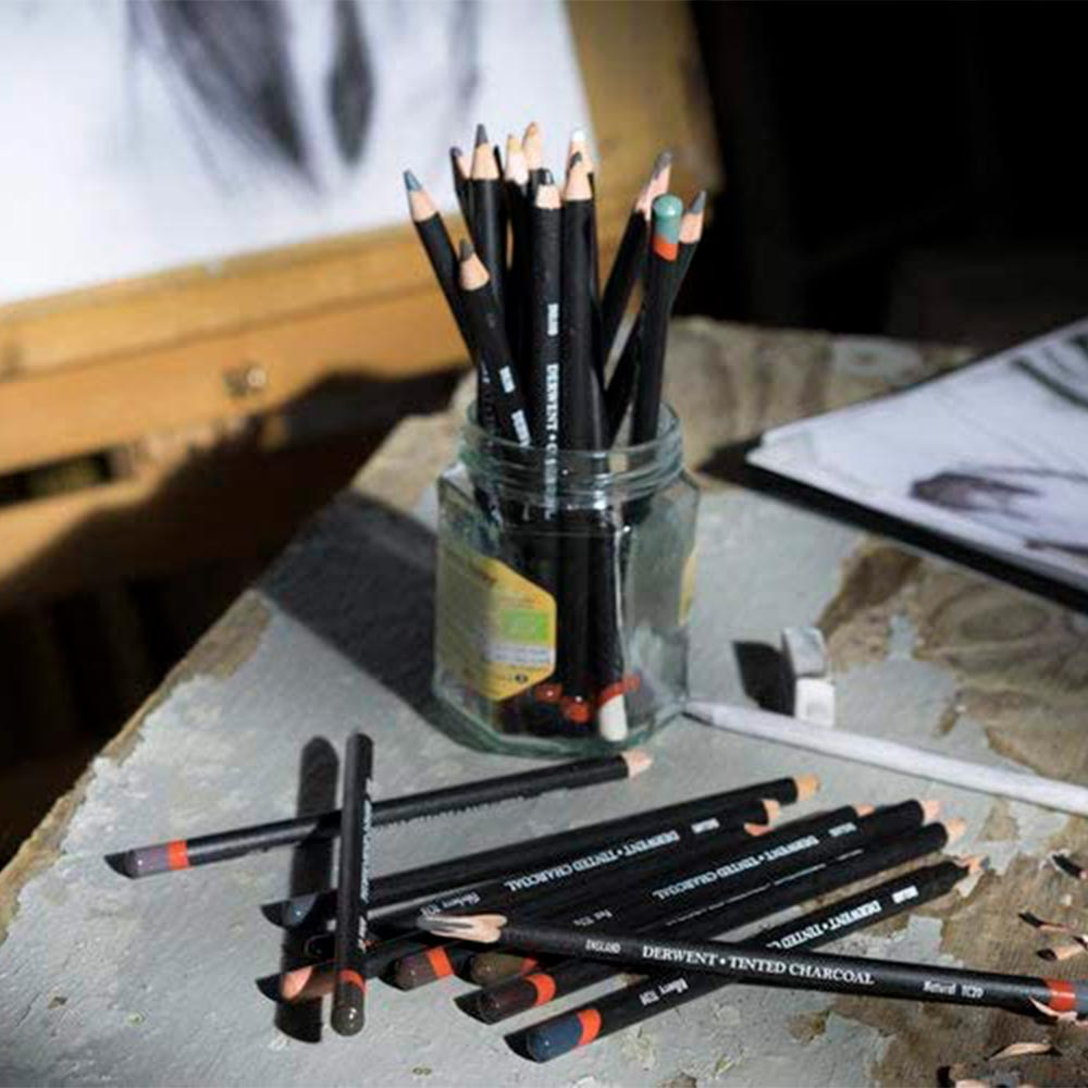 Derwent Tinted Charcoal - Set 6 Carboncillos; de Colores
