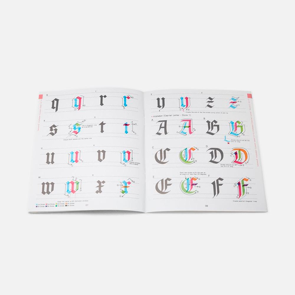 Kuretake - Revista A to Zig Calligraphy Gothic