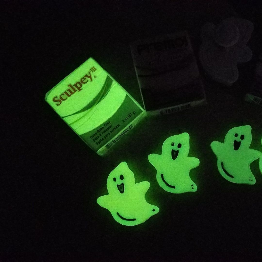 Sculpey III - Arcilla Polimérica Glow in the Dark (Brilla en la Oscuridad); 2 oz (57g)