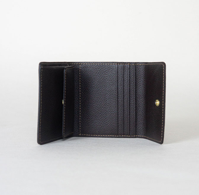 TRAVEL SIZE WALLET