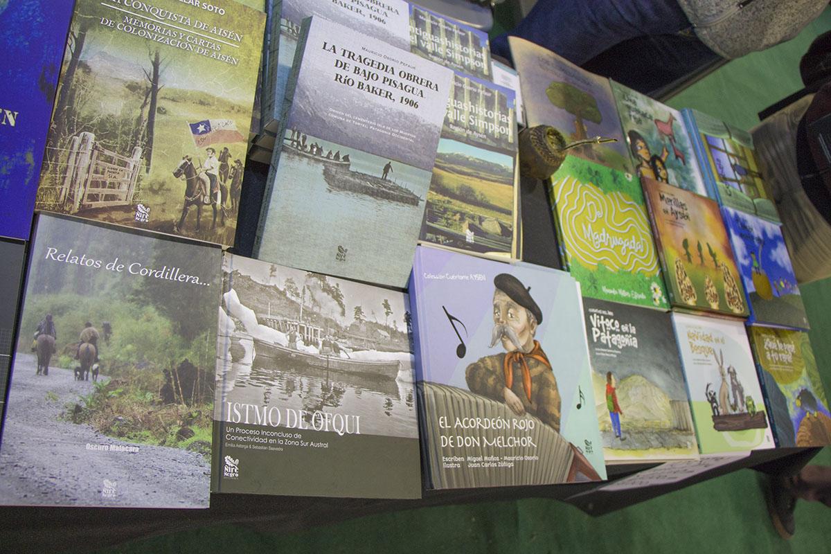 Ñire Negro Ediciones en la 7º Primavera del Libro de Editores de Chile