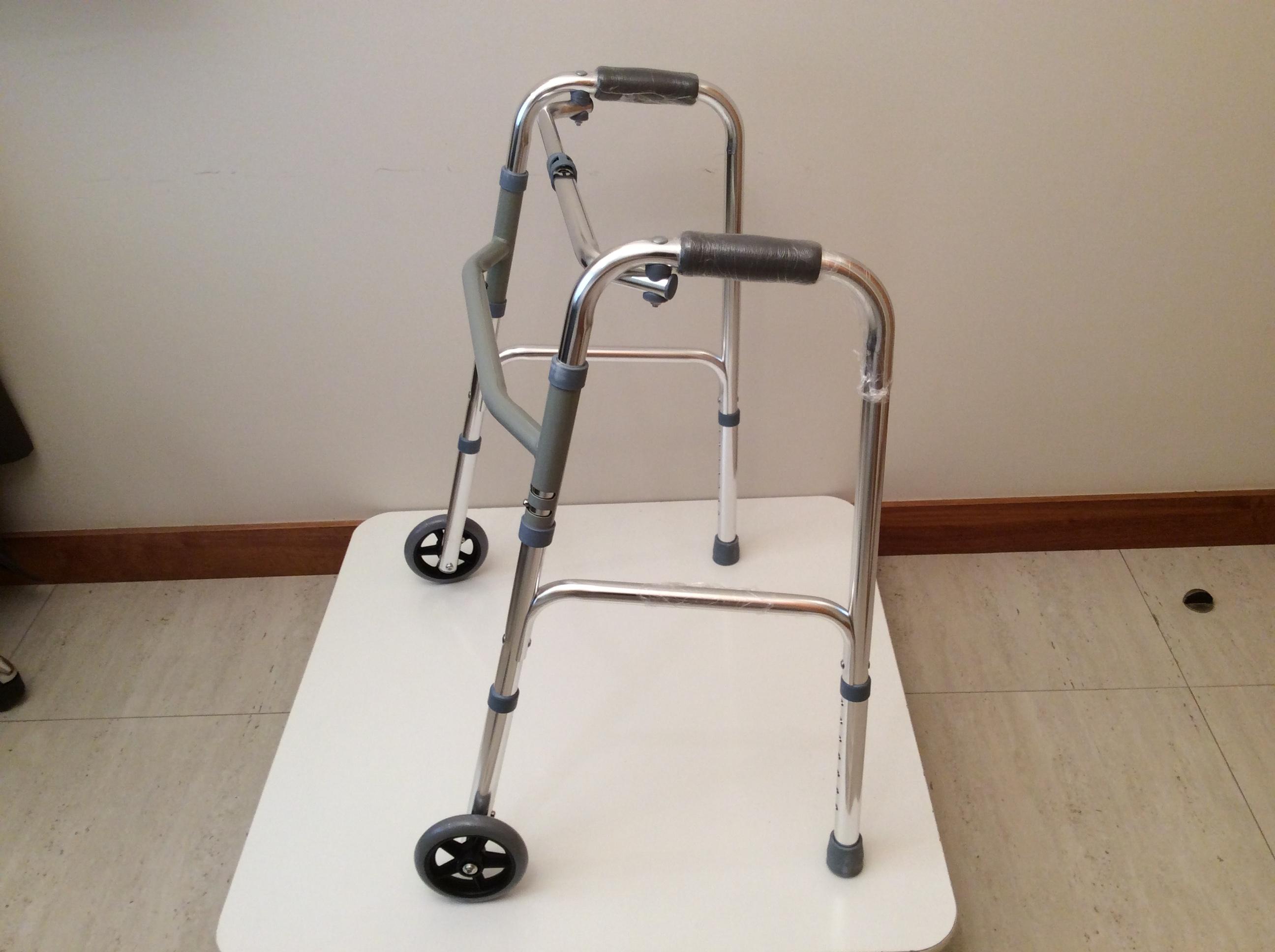 Andador ortopédico (burrito) 2 ruedas