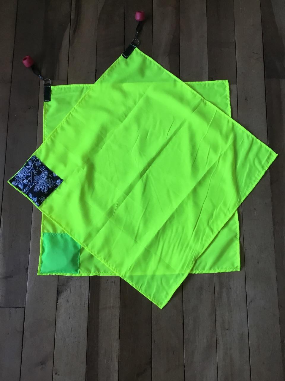 Banderas Amarillo Fosforescente