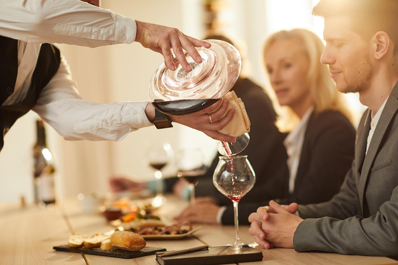 Rituais do vinho em restaurantes