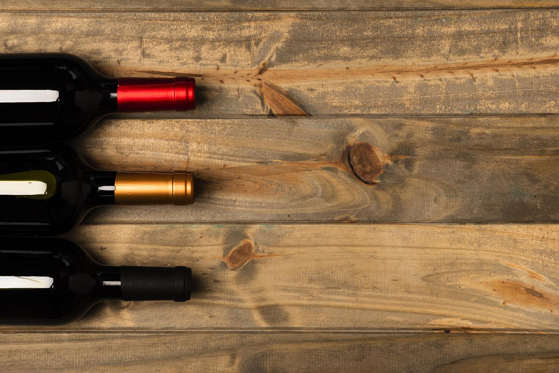 Rótulos na mesa: conheça os 5 melhores vinhos portugueses