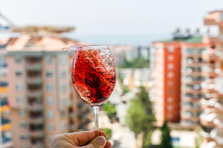 Dúvida frequente: vinho com gelo pode?