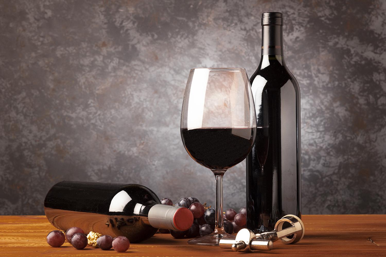 Vinhos portugueses em destaque na VinCE, a mais importante revista de vinhos da Hungria