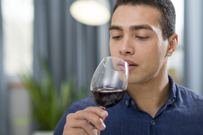 O poder e influência de uma boa carta de vinhos para o consumidor