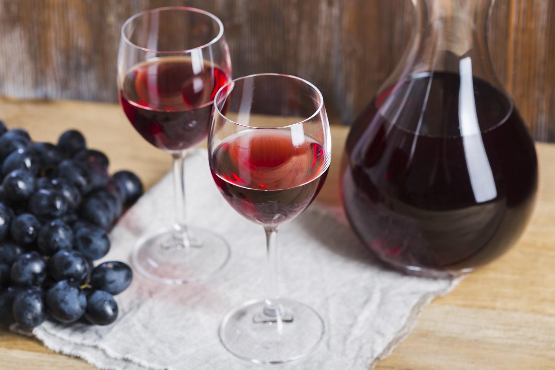 Gelado ou quente: aprenda a tomar o vinho na temperatura ideal