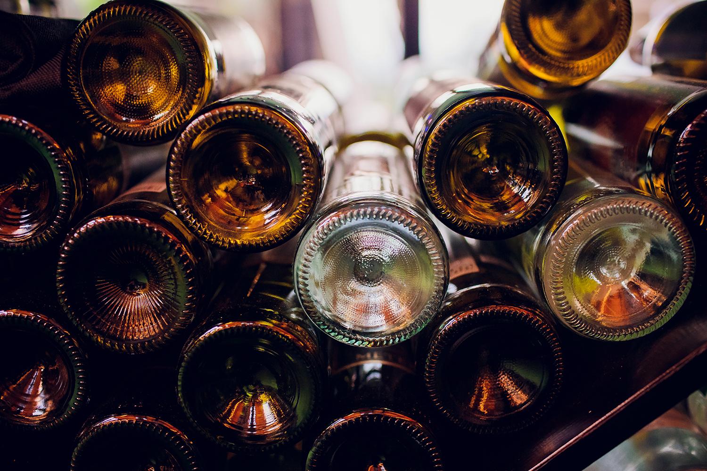 Veja como funciona o sistema de engarrafamento do vinho