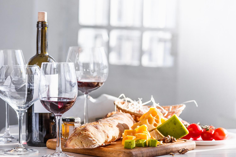 Harmonização: pão e vinho