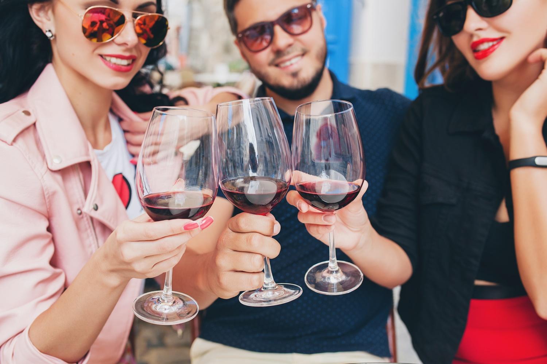 Evento voltado para vinho é realizado no shopping de Votorantim
