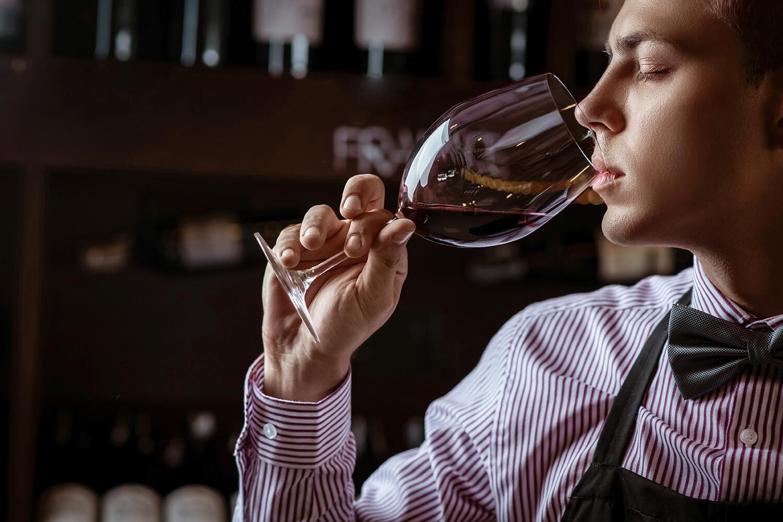 Passos para a degustação: vinhos varietais e de corte | Parte 2/7