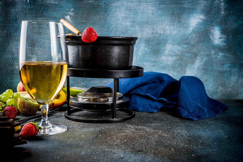 Um inverno criativo: veja como harmonizar fondue com vinho