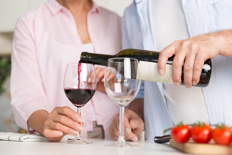 Diferenciando os dois vinhos mais famosos do mundo: Tinto e Branco