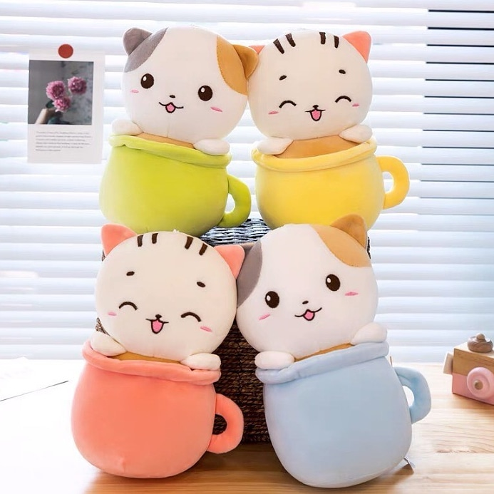 Peluche gato en taza 20 cm
