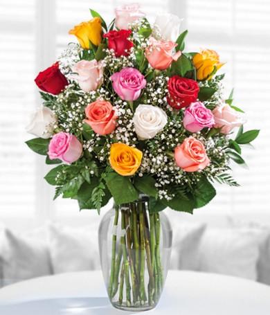 Florero con 18 Rosas Surtidas