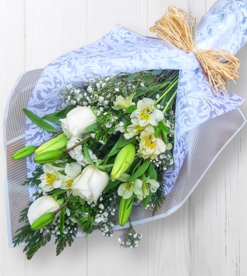 Ramo de Rosas, Liliums y Alstroemerias